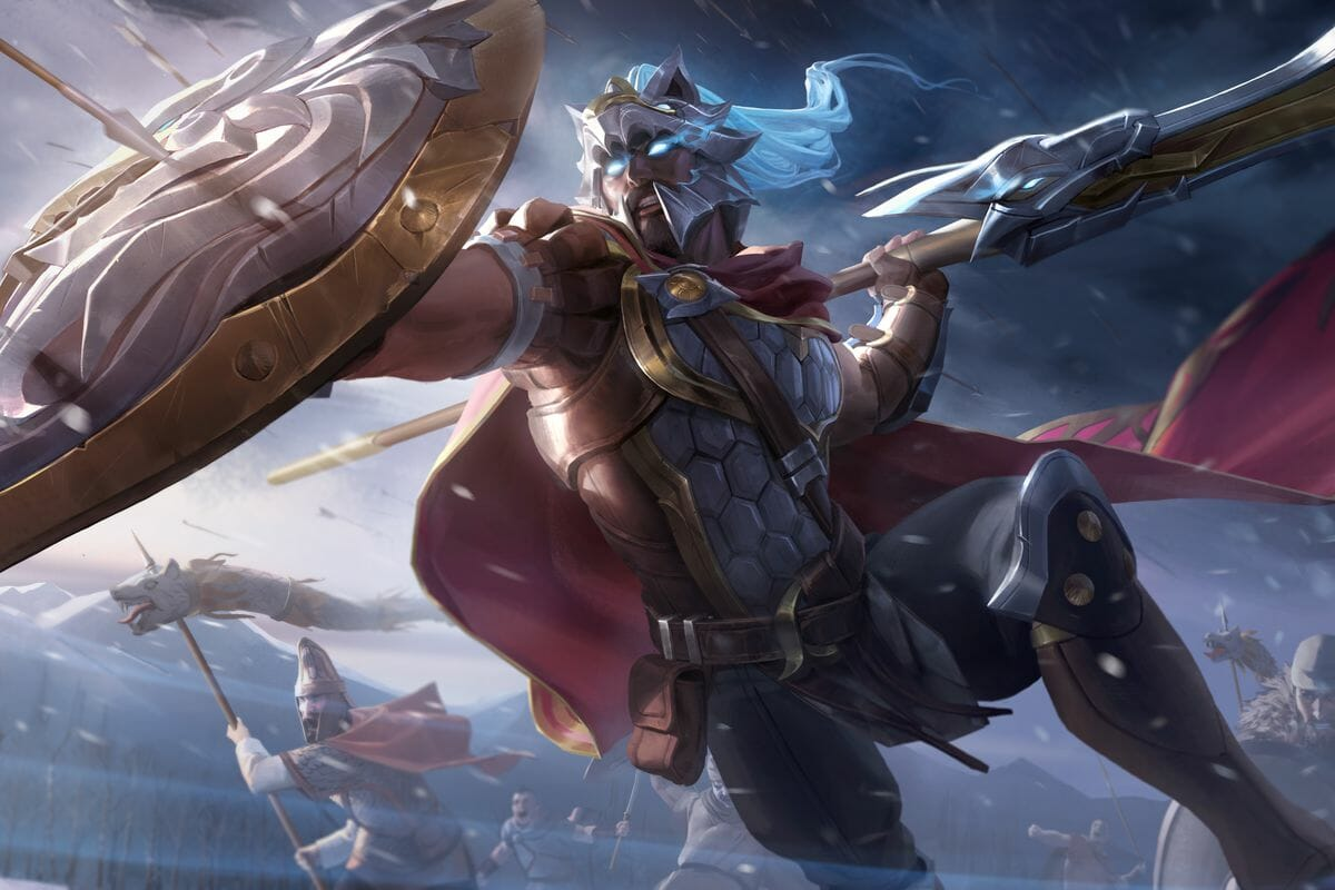 Pantheon Shielding with an Item in TFT and Throwing His Spear